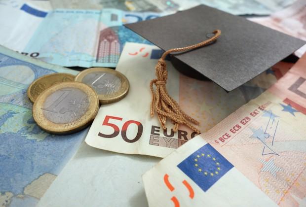Kreditkarte und Geldanlage für Studenten
